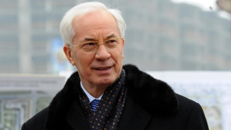 Азаров рассказал, когда рухнет режим Порошенко