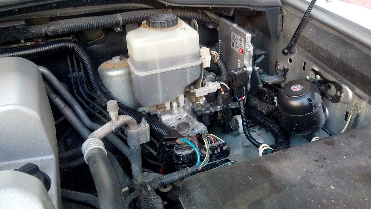 Владелец Land Cruiser 200 перешёл с бензина на газ и высчитал, через сколько км.он сэкономит 1 млн. рублей авто,авто и мото,автосалон,автосамоделки,водителю на заметку,машины,Россия,советы,тюнинг