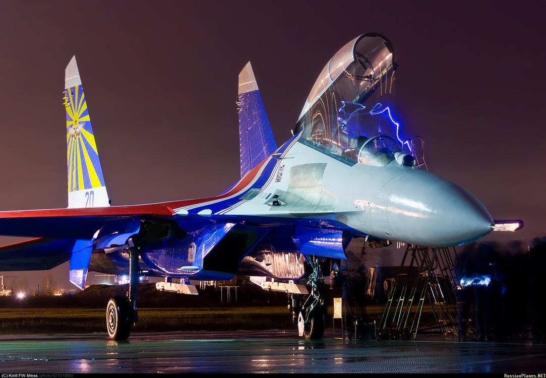 """Су-27 эскадрильи """"Русские витязи"""", ноябрь 2012 года"""