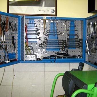 Стенд для инструментов в гараже своими руками