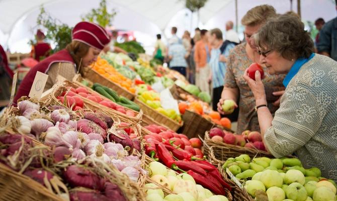 Россиян уличили в любви к диетам и картошке