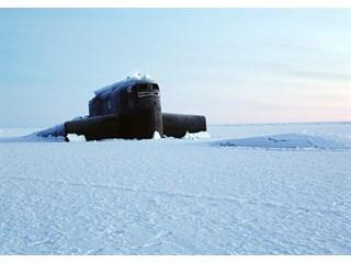 Подо льдами Арктики разворачивается противостояние флотов России и США