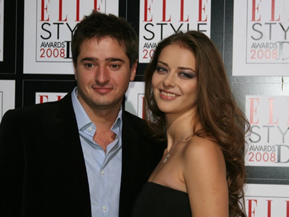 Стало известно, из-за чего развелись Марина Александрова и Илья Стебунов
