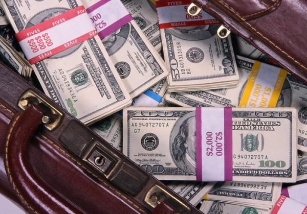 С помощью «нигерийских писем» мошенники похитили у жительницы Орши 170 миллионов рублей