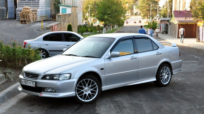 Проверенный годами седан. |Фото: drive2.com.