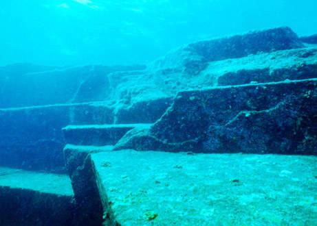 7. Подводный город Йонагуни необъяснимое, очевидное-невероятное, удивительные места мира