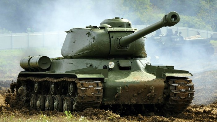 Военная хитрость: для чего советские танкисты вешали ведро на ствол танка