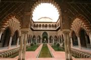 В королевском дворце в Севилье селфи окажутся под запретом