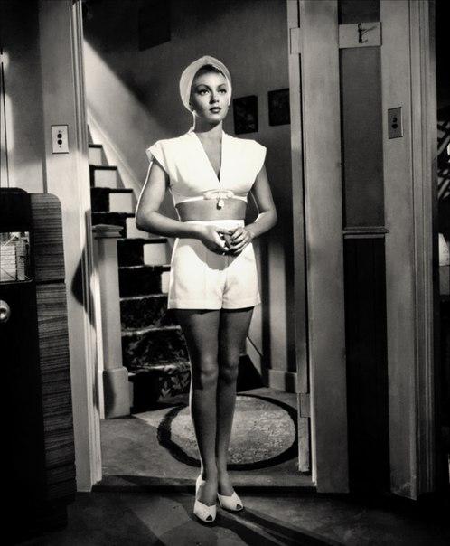 Лана Тёрнер в фильме «Почтальон всегда звонит дважды» (1946 год).