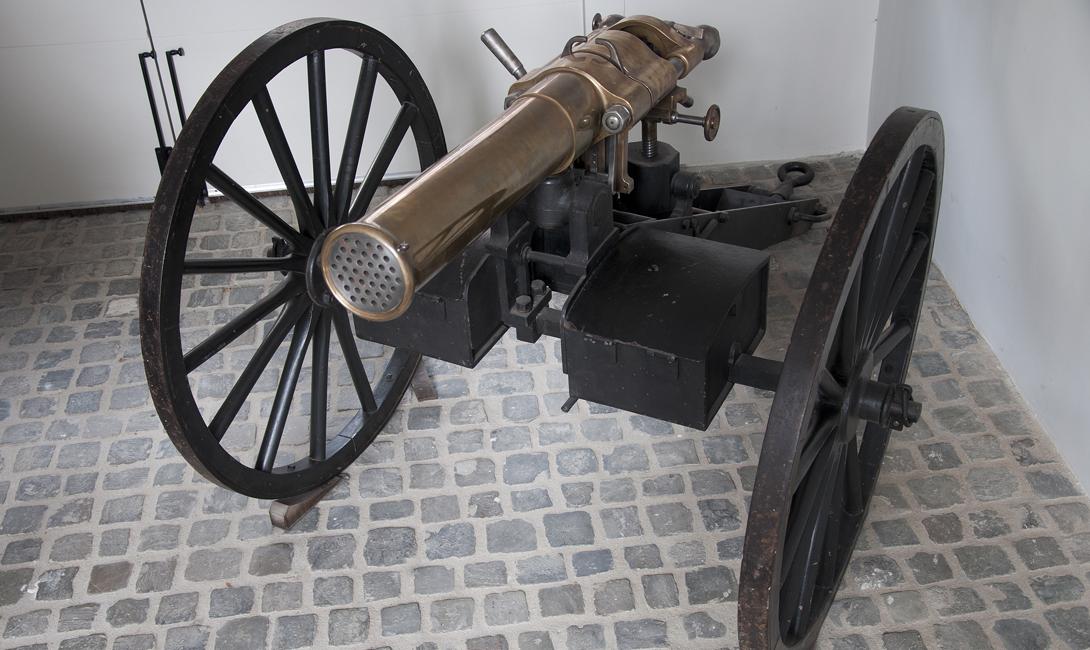 Митральеза: как был устроен самый безумный пулемет в истории