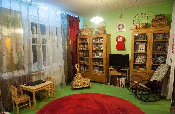 Дом, обставленный с рублевских помоек