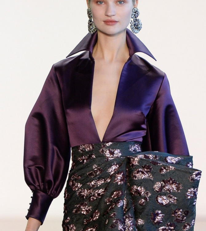 вечерняя блузка 2019 сливового цвета с пышным рукавом на высокой манжете