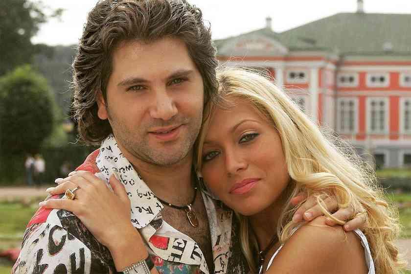 Олег бурханов фото семья