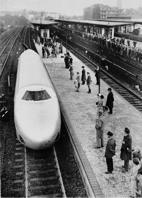 Берлин. Транзитная система. Нацистско-германский поезд-пуля. 21 июня 1931 вагоны, железнодорожные, изобретения, поезда, рельсы, факты, фантазии