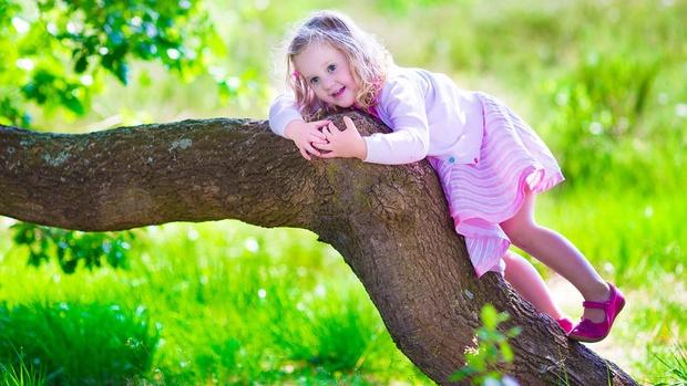 Почему родители мешают девочкам обрести уверенность в себе