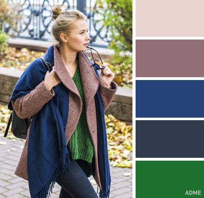 Цветовые сочетания в одежде на осень синий и изумрудный