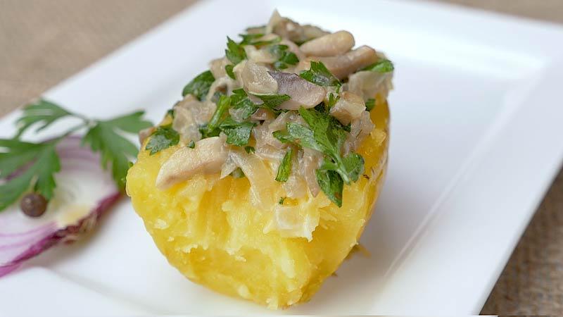 Запеченная крошка-картошка: 4 варианта интересной начинки
