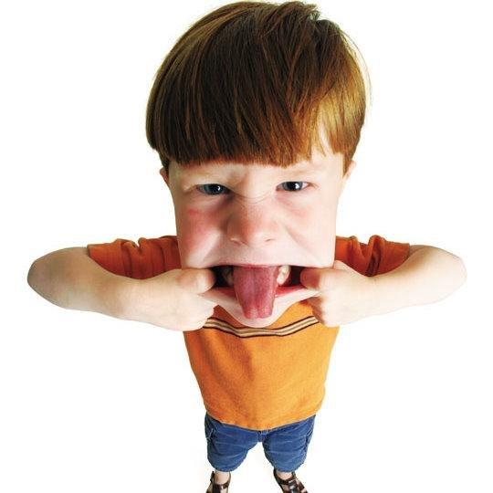 Как реагировать на истерики детей?