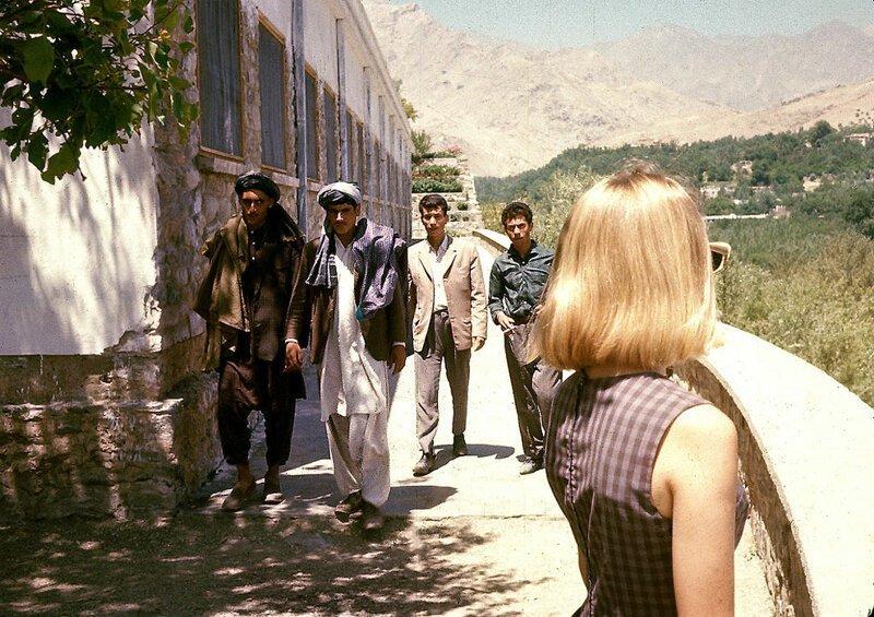 Белокурая Пег в Кабуле вскоре после прибытия афганистан, жизнь, кабул, мир, прошлое, фотография, фотомир