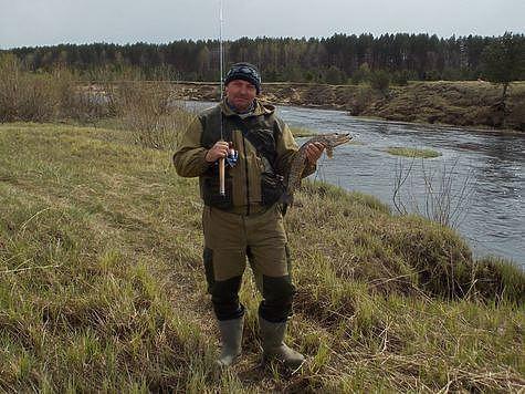 Как ловят на Медведице или Поклонись местному рыбаку