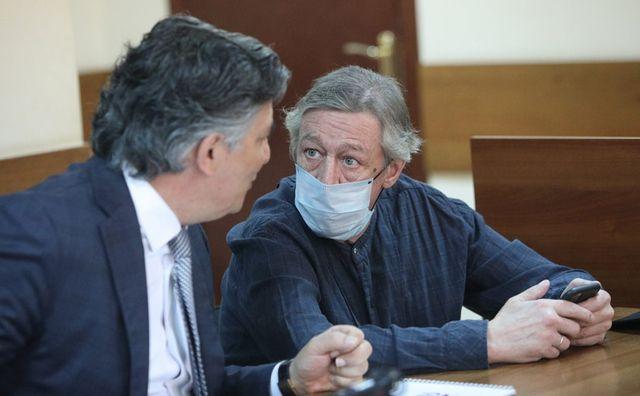 Михаил Ефремов в суде — чисто либеральное самоубийство россия
