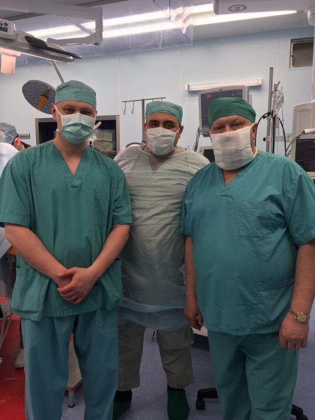 Выживаемость этих детей на 100% зависит от того, как сделана операция, насколько качественно.