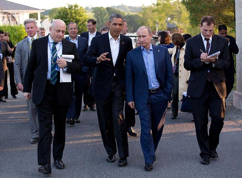 Обама не собирается воевать за Украину и возвращает её Кремлю без боя