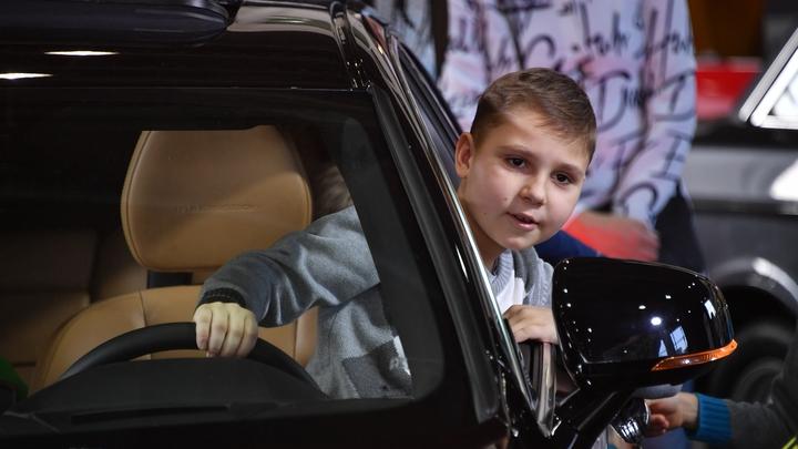 Одним – с 24 лет, другим – до 18-ти: В МВД решили поменять правила выдачи водительских прав