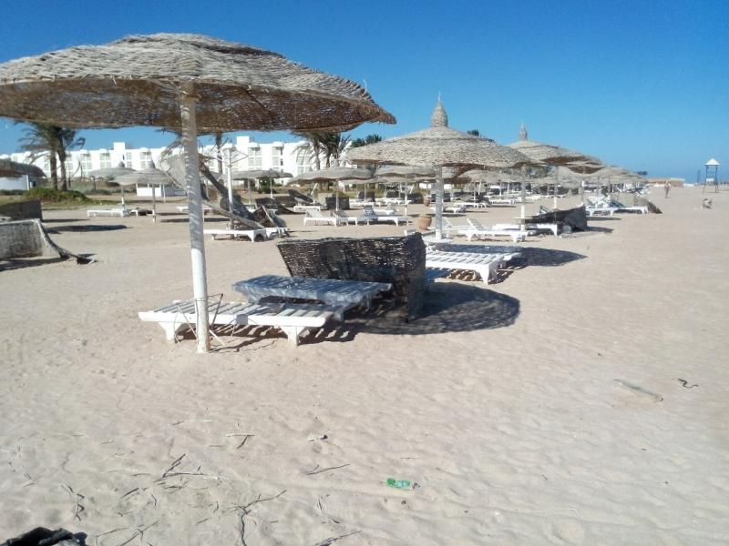 Заброшеный огромный отель 5* в Египте (95 фото)