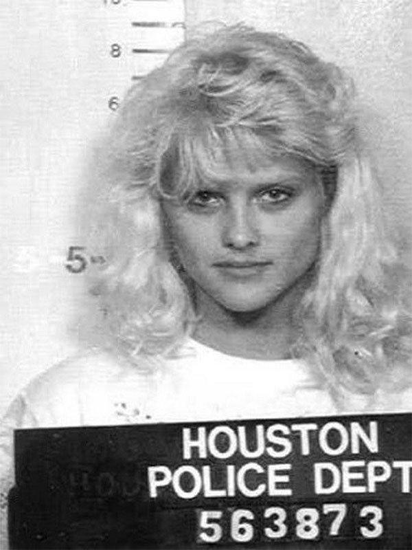 Анна Николь Смит. 1993 год. Вождение в нетрезвом виде. арест, звезды, полиция, правонарушение