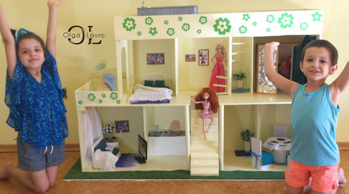 Делаем красивый дом для кукол