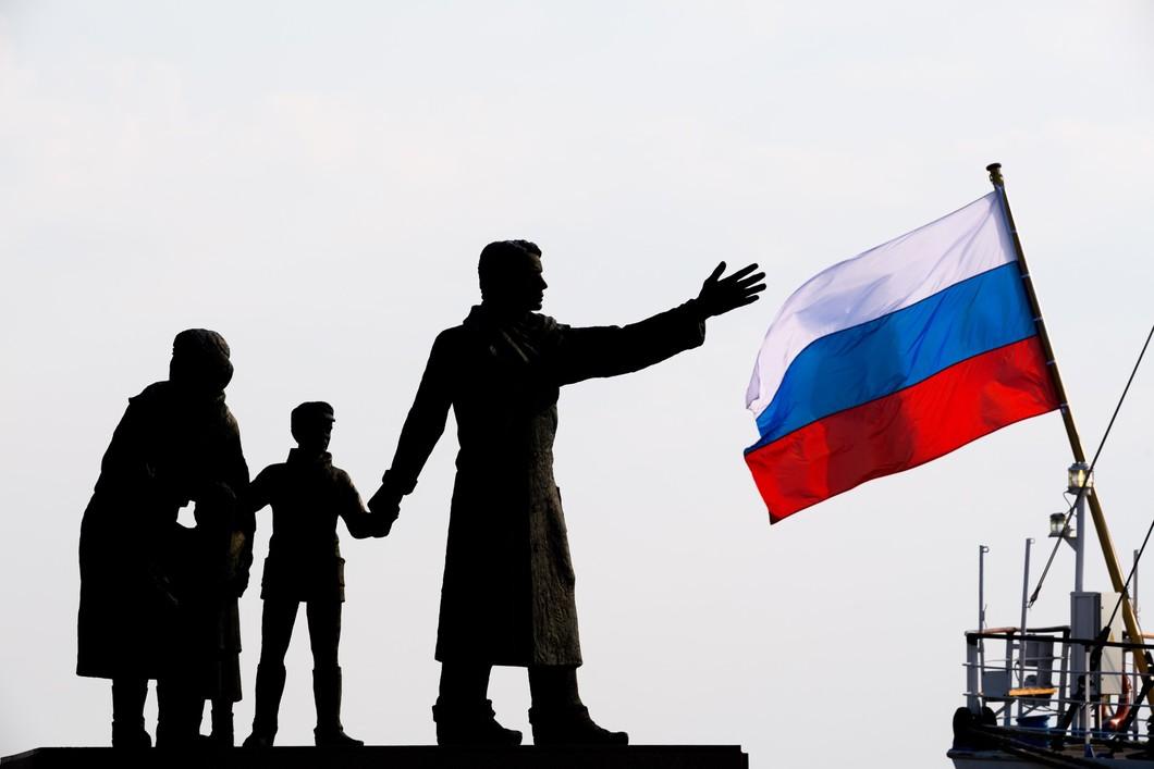 Outer Russia: «внешняя Россия» О новой российской эмиграции власть,общество,политика,россияне,эмиграция