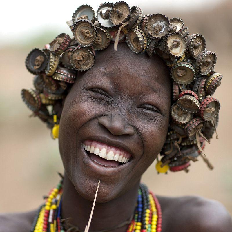 Удивительные модные аксессуары эфиопского племени даасанах