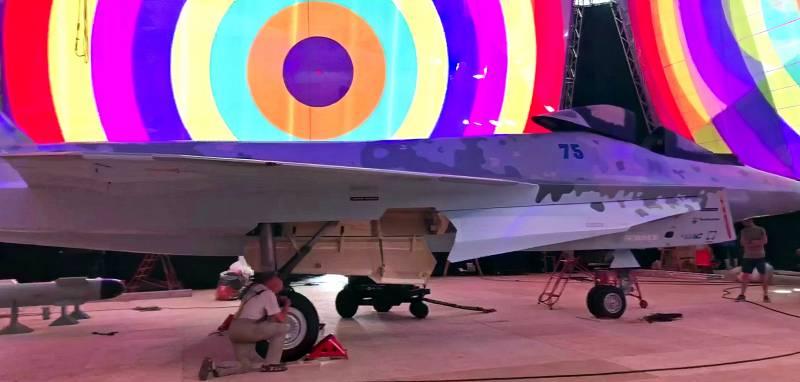 Раскрыт внешний облик нового российского истребителя Техно