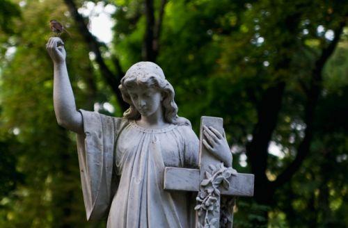 Как правильно организовать похороны?