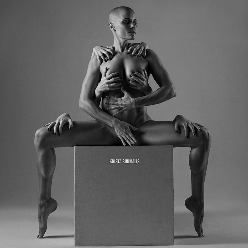 Звезда Instagram Марина Вовченко : когда йога бывает соблазнительной