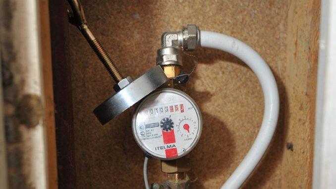 Как экономить воду в квартире с счетчиком. Легальные и нелегальные способы