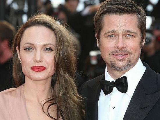 Джоли обвинила Питта в неупл…