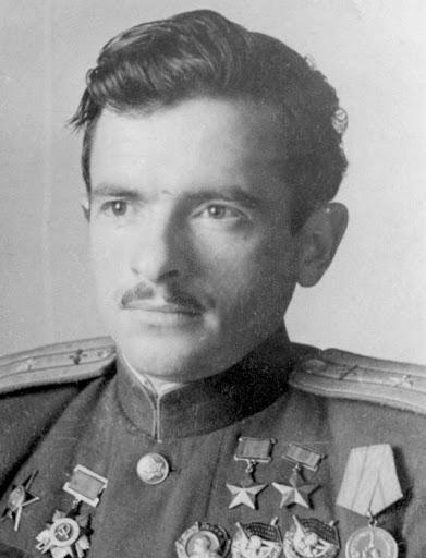 Дважды Герой Советского Союза Пётр Афанасьевич Покрышев