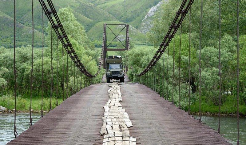 Что нам стоит мост подвесить: висячие мосты России и СНГ