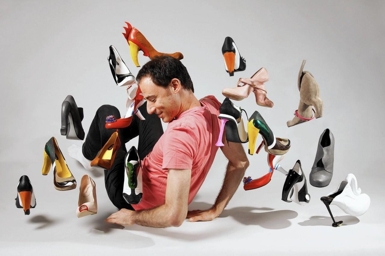 «Я не мог и представить, что кто-то захочет купить эти туфли» — израильский дизайнер Коби Леви приехал с выставкой в Новосибирск