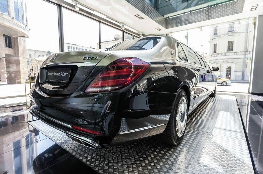 В России продают рекордно дорогой Mercedes-Maybach Pullman S 650 Новости