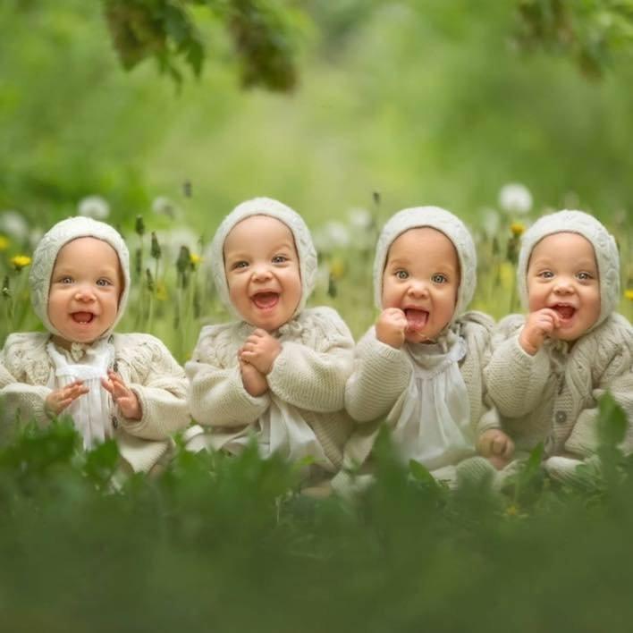 Хотите узнать что в этом ребенке уникального? жизнь, идентичные, интересное, истории, уникальные, факт, четверняшки