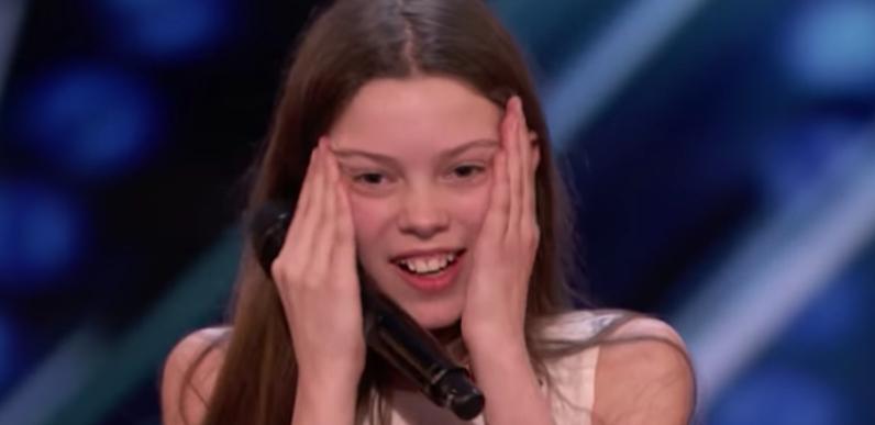 Картинки по запросу Courtney Hadwin: 13-Year-Old Golden Buzzer Winning Performance - America's Got Talent 2018