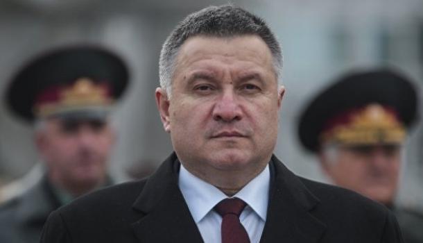 СМИ: МВД Украины готовится объявить войну СБУ