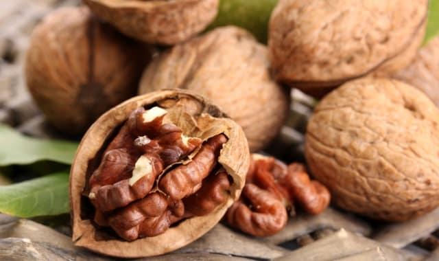 10 Полезных Свойств Грецких Орехов