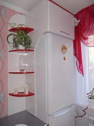 Как вписать холодильник в пр…