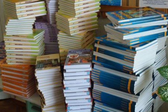 Зачем отдавать учебники на экспертизу священникам?