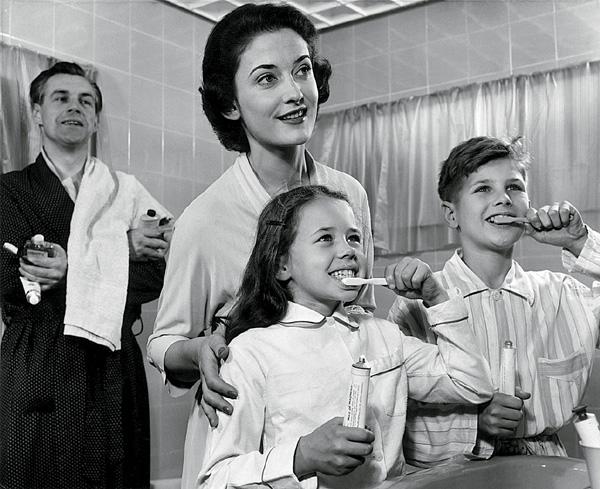 Эволюция зубной щетки