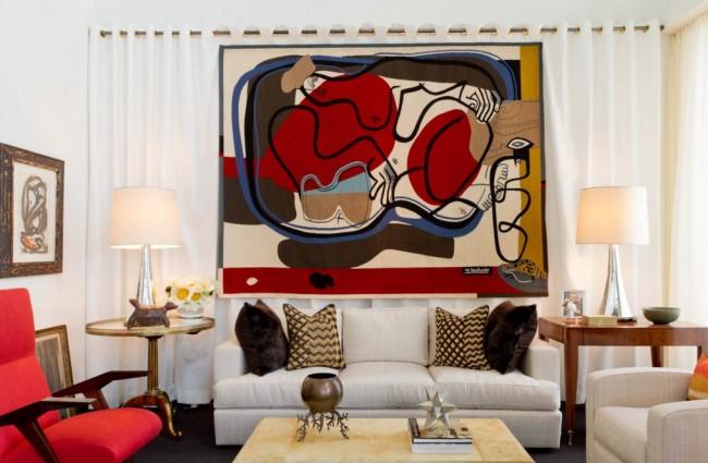 Любители живописи могут найти вытканные картины известных художников — в определенных интерьерах это будет смотреться достаточно оригинально